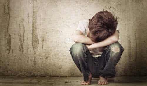 5 lapsen henkistä haavaa, jotka säilyvät aikuisuuteen asti