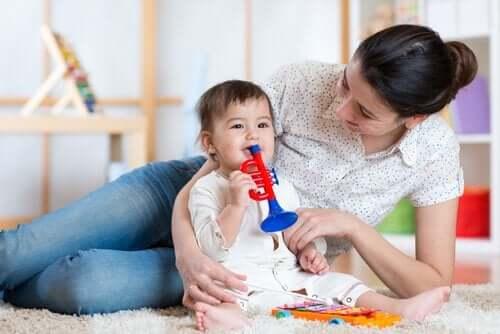 Rakentavaa kurinpitoa vauvalle musiikkiterapian avulla