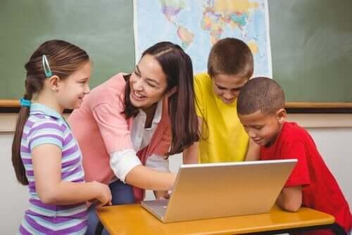 3 lasten oppimistyyliä