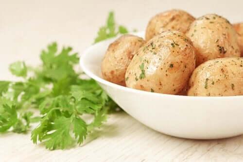 4 lapsille maistuvaa reseptiä perunasta